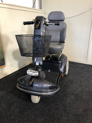 SCOOTMOBIEL SHOPRIDER 3 DELUXE SHOWROOM MODEL