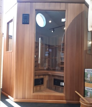 INFRAROOD SAUNA 150C FYSIO RED CEDAR SHOWROOM MODEL VLIERDEN